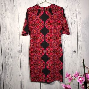 Just Taylor Scuba Structured Geometric Print Dress